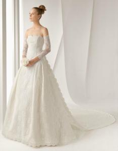 Nozze 2013: l'abito da sposa in pizzo - marchi, modelli e prezzi